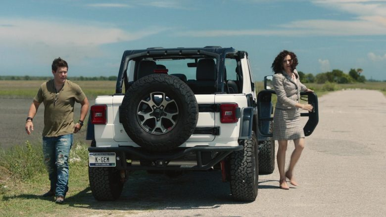 Jeep Rubicon White Car Used by Adam DeVine as Kelvin Gemstone in The Righteous Gemstones Season 1 Episode 9 (5)