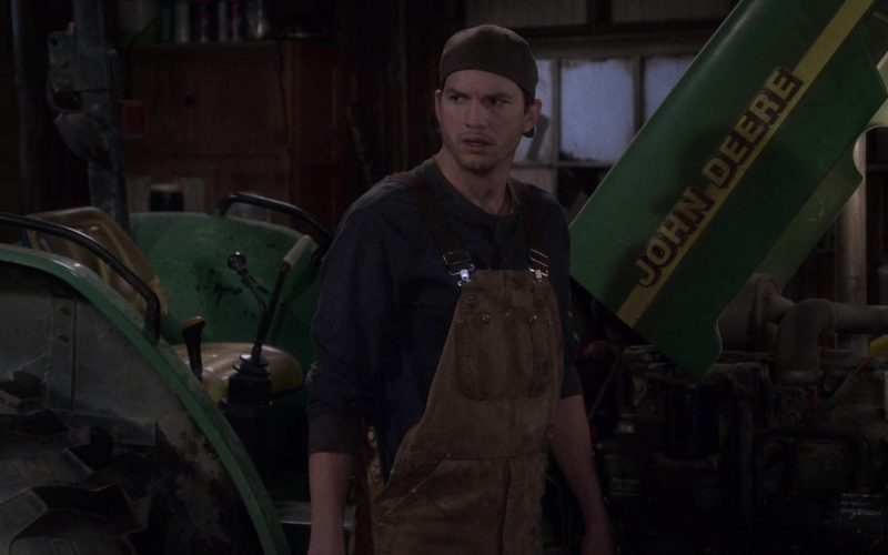 "John Deere Tractor in The Ranch Season 4 Episode 4 ""Remind Me"" (1)"
