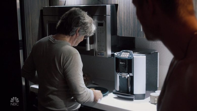"Krups Coffee Machine in This Is Us Season 4 Episode 6 ""The Club"" (2019) - TV Show Product Placement"