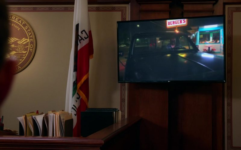 LG TV in All Rise Season 1 Episode 3 (1)
