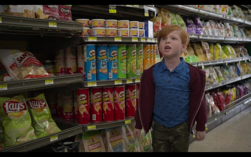 Lay's Chips, Fritos, Pringles, Mission Foods in The Kominsky Method Season 2 Episode 8