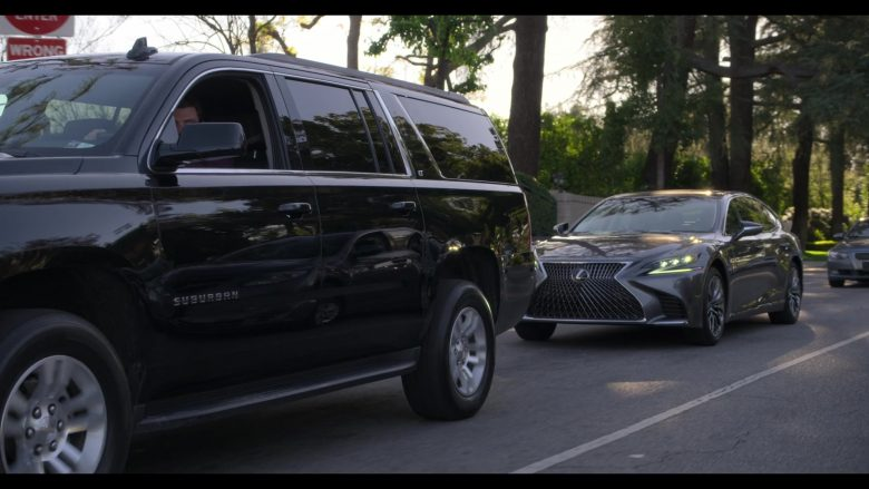 Lexus Car Used by Alan Arkin as Norman Newlander in The Kominsky Method Season 2 Episode 6 Chapter 14 (10)