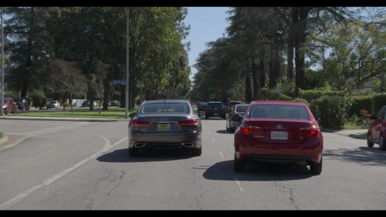 Lexus Car Used by Alan Arkin as Norman Newlander in The Kominsky Method Season 2 Episode 6 Chapter 14 (2)