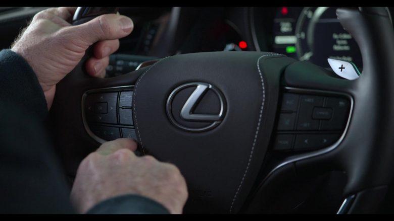 Lexus Car Used by Alan Arkin as Norman Newlander in The Kominsky Method Season 2 Episode 6 Chapter 14 (5)