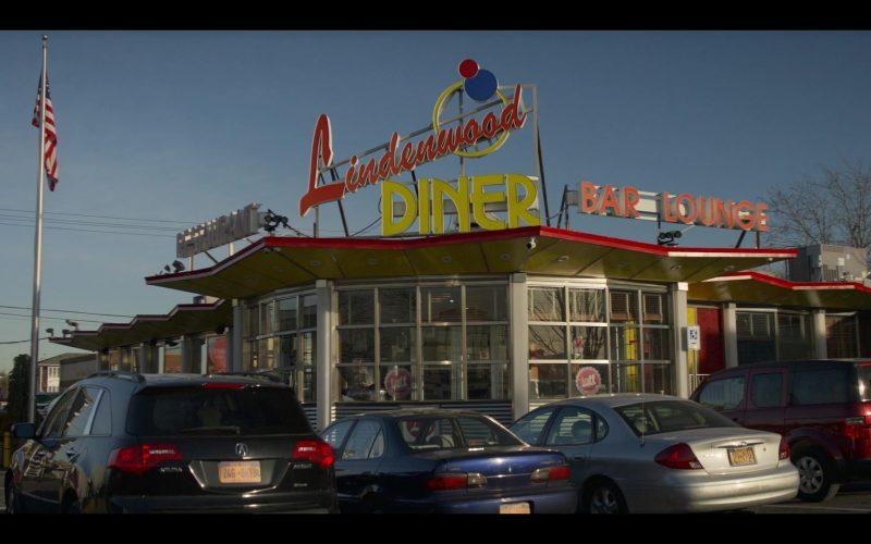 Lindenwood Diner Restaurant in Living with Yourself Season 1 Episode 2