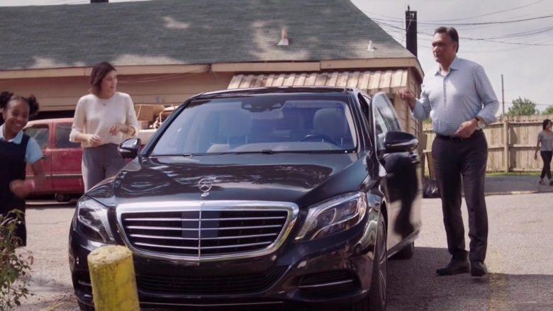 """Mercedes-Benz Car in Bluff City Law Season 1 Episode 5 """"When the Levee Breaks"""""""