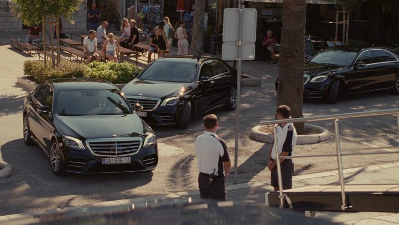 Mercedes-Benz S-Class Full-Sized Luxury Flagship Vehicles in Succession (1)