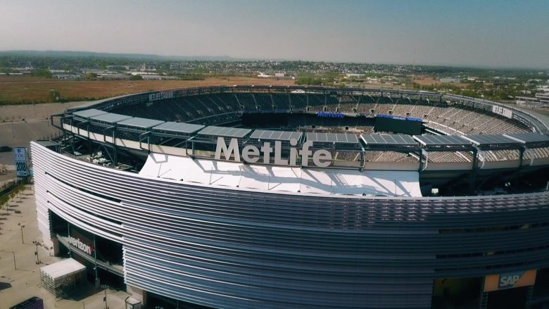 "MetLife Stadium in Ballers Season 5 Episode 8 ""Players Only"" (2019) - TV Show Product Placement"