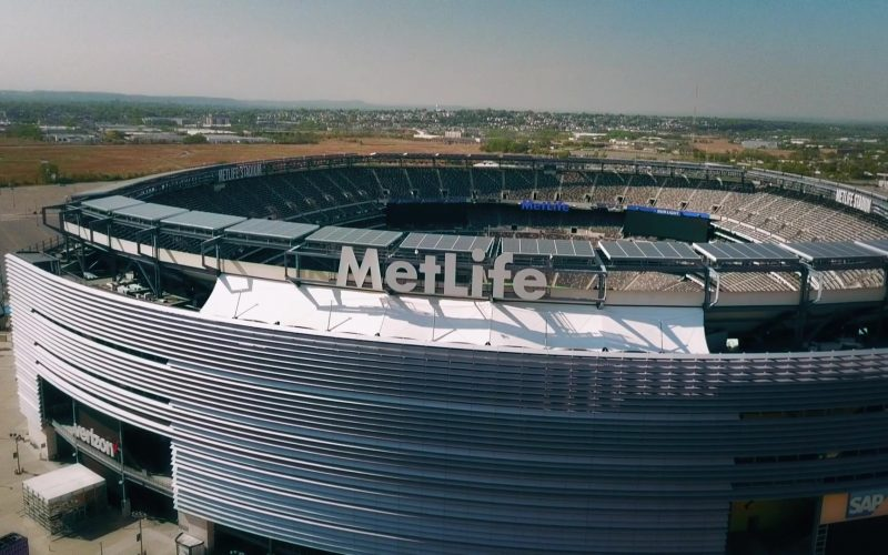 MetLife Stadium in Ballers Season 5 Episode 8