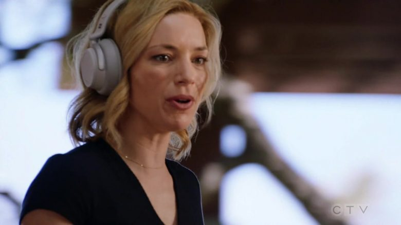 "Microsoft Surface Headphones Used by Perdita Weeks as Juliet Higgins in Magnum P.I. Season 2 Episode 3 ""Knight Lasts Forever"" (2019) - TV Show Product Placement"