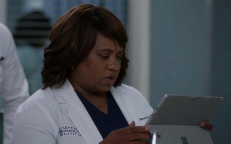 Microsoft Surface Tablet Used by Chandra Wilson in Grey's Anatomy (1)