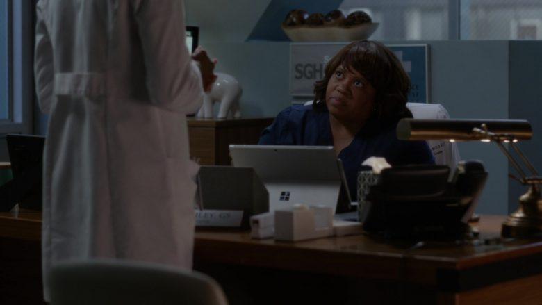 "Microsoft Surface Tablet Used by Chandra Wilson in Grey's Anatomy Season 16 Episode 4 ""It's Raining Men"" (2019) TV Show"