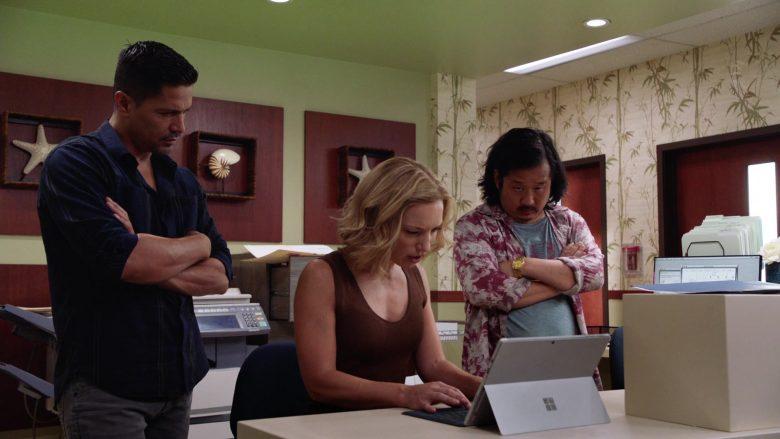 Microsoft Surface Tablet Used by Perdita Weeks as Juliet Higgins in Magnum P.I (3)