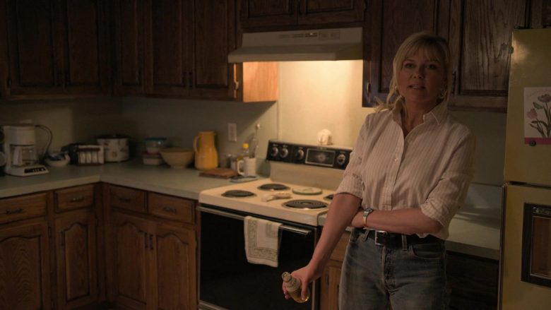 Miller High Life Beer Enjoyed by Kirsten Dunst as Krystal Stubbs in On Becoming a God in Central Florida Season 1 Episo (1)