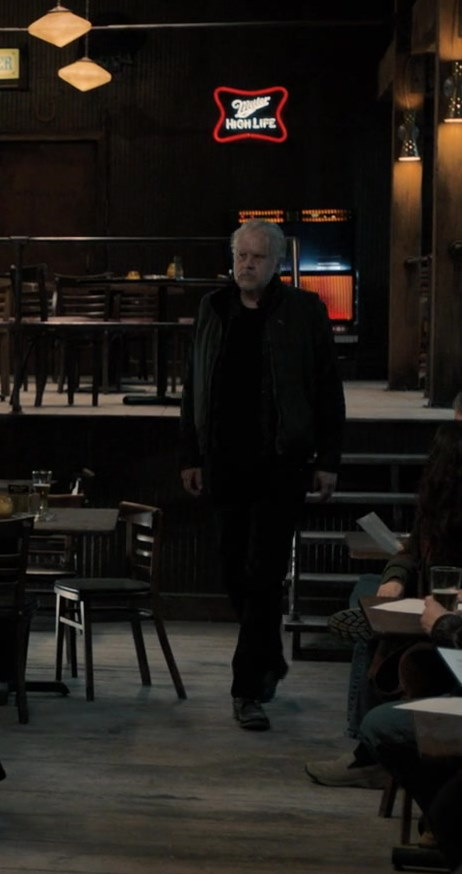 Miller High Life Sign in Castle Rock Season 2 Episode 2 New Jerusalem (1)