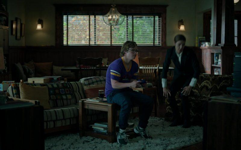 New Balance Sneakers in Stumptown Season 1 Episode 5 Bad Alibis (2019)