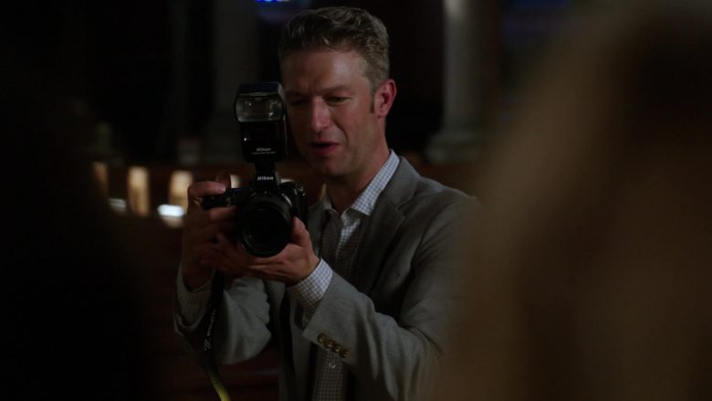 "Nikon Camera in Law & Order: Special Victims Unit Season 21 Episode 4 ""The Burden of Our Choices"" (2019) - TV Show Product Placement"
