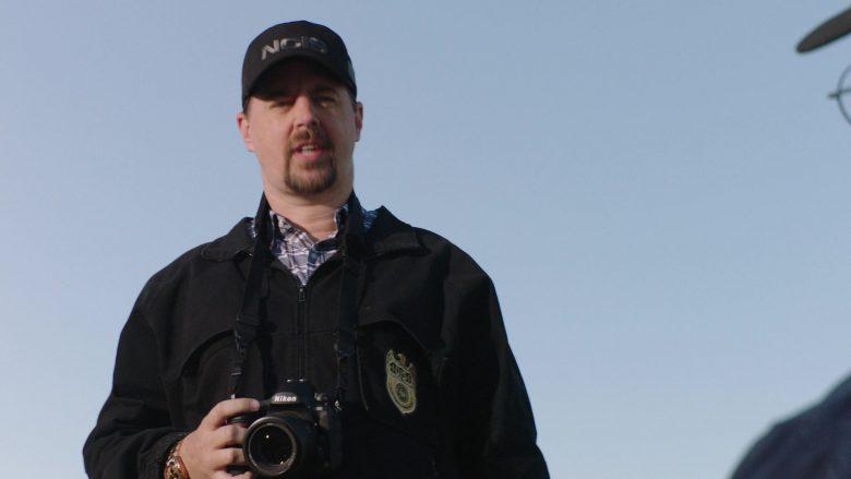 Nikon Camera in NCIS Season 17 Episode 4 (3)