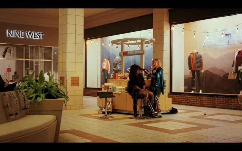 Nine West Store in Daybreak Season 1 Episode 4 MMMMMMM-HMMMMMM (2)