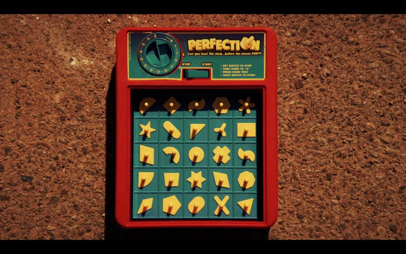 Perfection Game by Hasbro in Daybreak Season 1 Episode 10 (1)