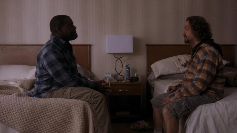 """Pringles Chips in Room 104 Season 3 Episode 5 """"Drywall Guys"""" (2019) - TV Show Product Placement"""
