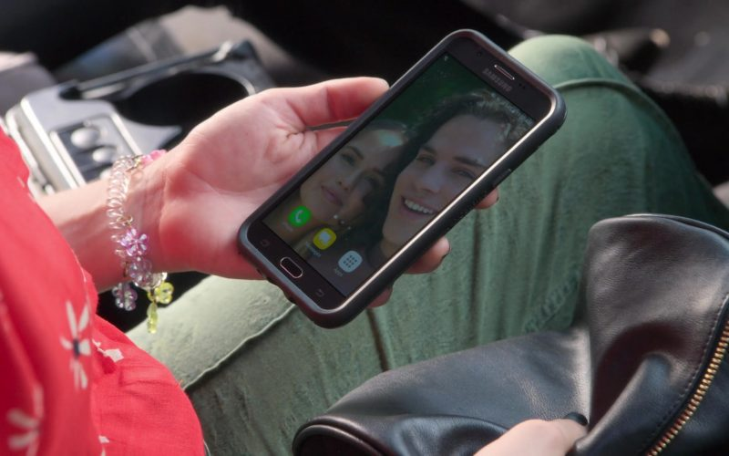 Samsung Galaxy Phone Used by Kimmy Shields as Nonnie Thompson in Insatiable