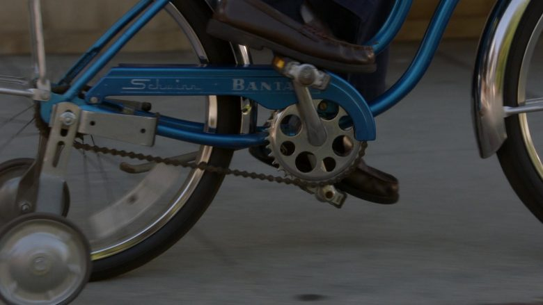 Schwinn Bantam Blue Bicycle Used by Iain Armitage as Sheldon Cooper in Young Sheldon Season 3 Episode 3 (1)