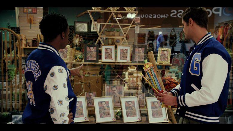 Slim Jim Snacks in Daybreak Season 1 Episode 6 (2)