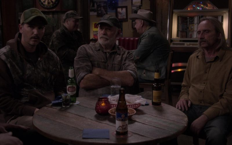 "Stella Artois Beer Bottle in The Ranch Season 4 Episode 9 ""Welcome to the Future"""