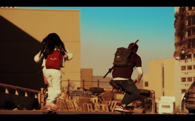 Supreme Red Backpack and Nike Shoes in Daybreak Season 1 Episode 6 (1)