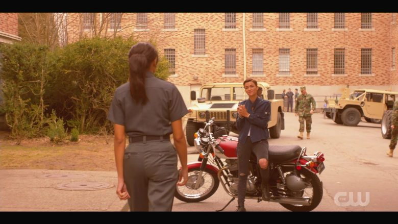 """Triumph Motorcycle Used by Ruby Rose as Kate Kane in Batwoman - Season 1 Episode 1 """"Pilot"""" (2019) - TV Show Product Placement"""