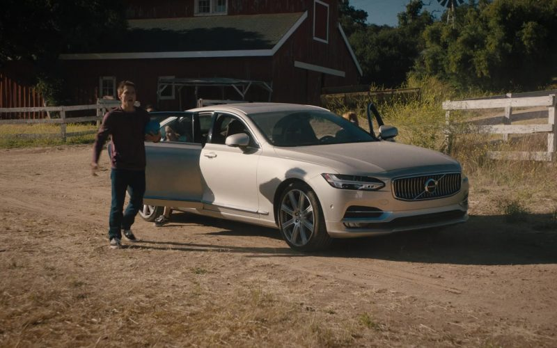 Volvo S90 Car in Light as a Feather (1)