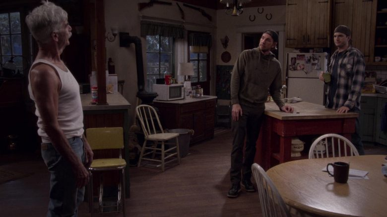 """Wet Ones Antibacterial Hand Wipes in The Ranch Season 4 Episode 6 """"The Devil Is Alive and Well"""""""