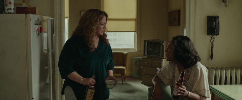 White Horse Whisky and Budweiser Beer in The Kitchen (2019) - Movie Product Placement