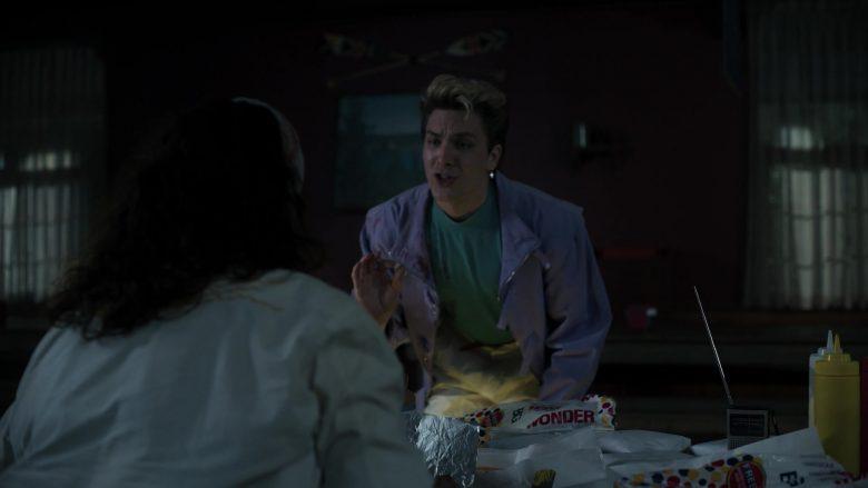 Wonder Bread in American Horror Story Season 9 Episode 4 (2)