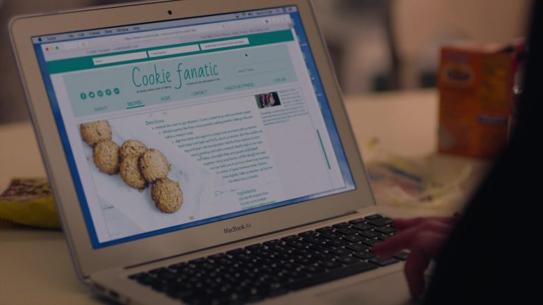 """Apple MacBook Air Laptop Used by Kathryn Hahn as Eve Fletcher in Mrs. Fletcher Season 1 Episode 3 """"Care Package"""" (2019) - TV Show Product Placement"""