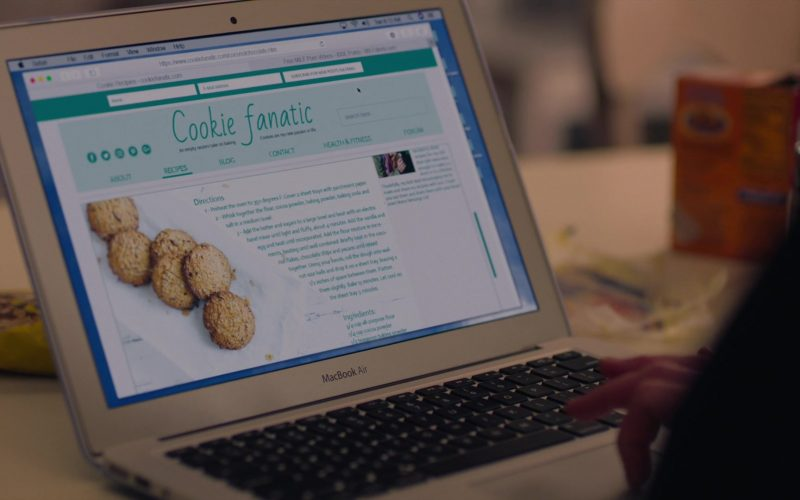 Apple MacBook Air Laptop Used by Kathryn Hahn as Eve Fletcher in Mrs. Fletcher Season 1 Episode 3