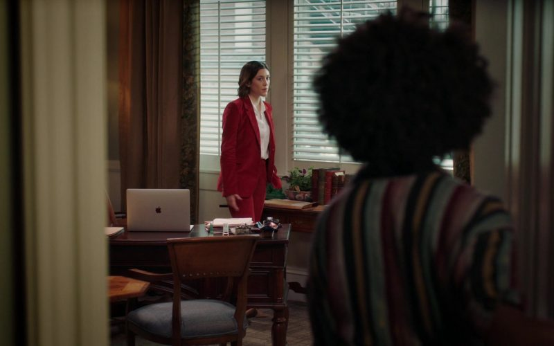 Apple MacBook Laptop Used by Caitlin McGee as Sydney Strait in Bluff City Law Season 1 Episode 8