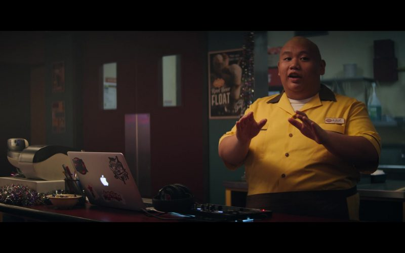 Apple MacBook Laptop Used by Jacob Batalon in Let It Snow