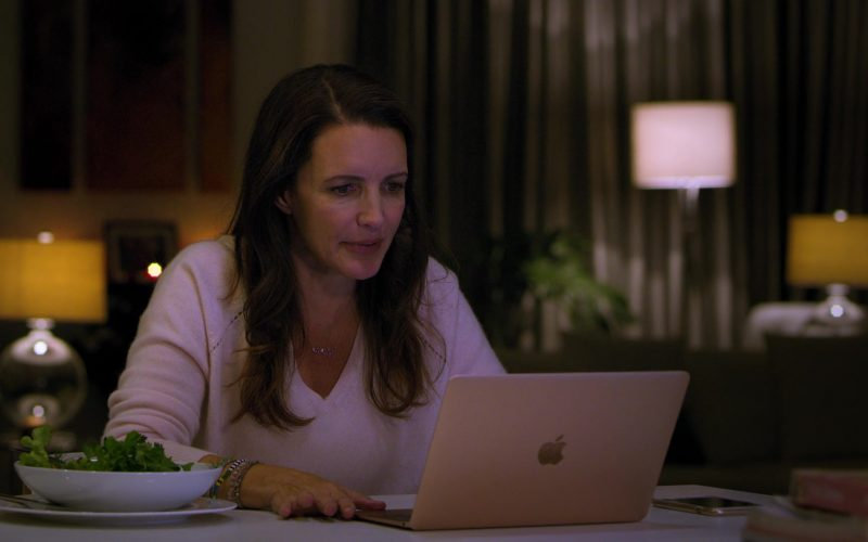 Apple MacBook Laptop Used by Kristin Davis in Holiday in the Wild (2019)