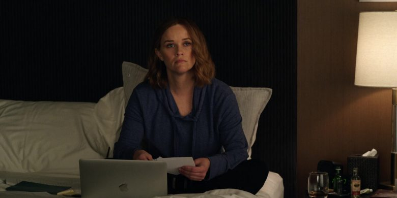 Apple MacBook Laptop Used by Reese Witherspoon as Bradley Jackson in The Morning Show Season 1 Episode 4
