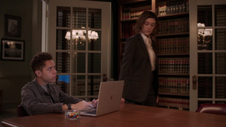 Apple MacBook Laptop Used by Stony Blyden as Emerson in Bluff City Law Season 1 Episode 8 (2)