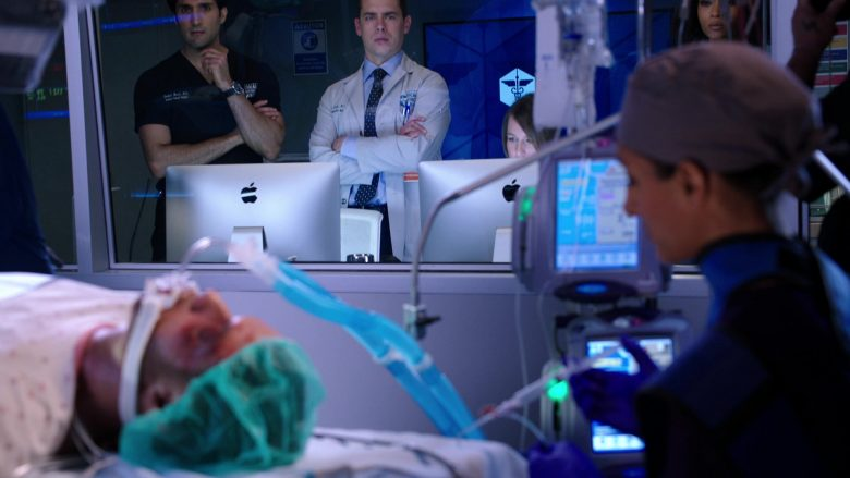 Apple iMac All-In-One Desktop Computers in Chicago Med Season 5 Episode 8 (2)