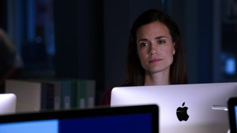 """Apple iMac Computer Used by Torrey DeVitto as Dr. Natalie Manning in Chicago Med Season 5 Episode 8 """"Too Close to the Sun"""" (2019) - TV Show Product Placement"""