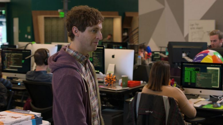 Apple iMac Computers in Silicon Valley Season 6 Episode 5 (2019) - TV Show Product Placement
