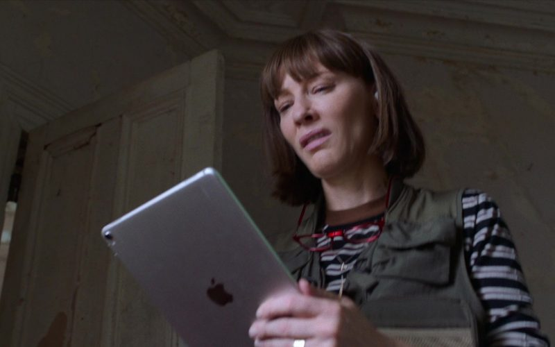 Apple iPad Tablet Used by Cate Blanchett in Where'd You Go, Bernadette