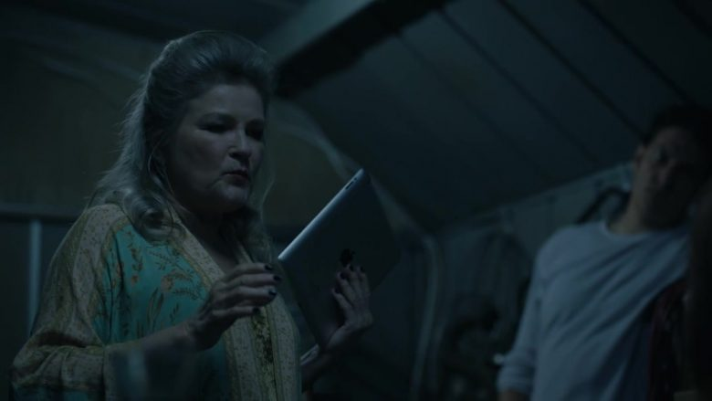 """Apple iPad Tablet Used by Kate Mulgrew as Alma Lane in Mr. Mercedes Season 3 Episode 9 """"Crunch Time"""" (2019) - TV Show Product Placement"""
