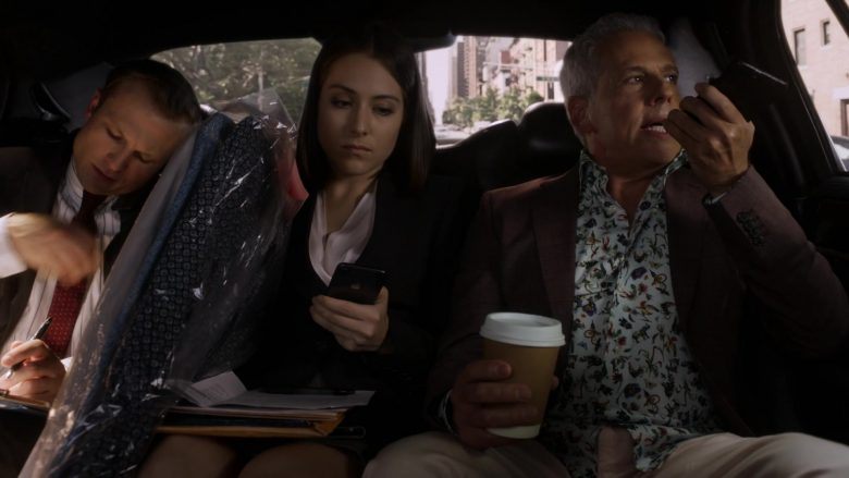"""Apple iPhone Smartphone in Ray Donovan Season 7 Episode 1 """"Faith. Hope. Love. Luck."""" (2019) - TV Show Product Placement"""