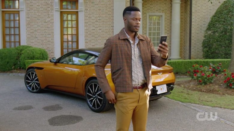 Aston Martin Sports Car in Dynasty Season 3 Episode 6 A Used Up Memory (2)
