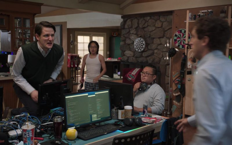 Asus Monitors and Icee Drink in Silicon Valley Season 6 Episode 2 Blood Money